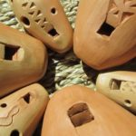 Fabrication d'instruments de musique en céramique - ocarinas